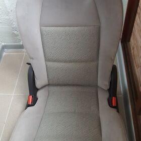 Седалки за Пежо 307 под наем