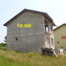 Продавам право на строеж от вилно селище